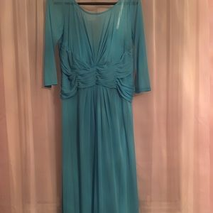 Floor length Malibu blue gown! Like new condition!